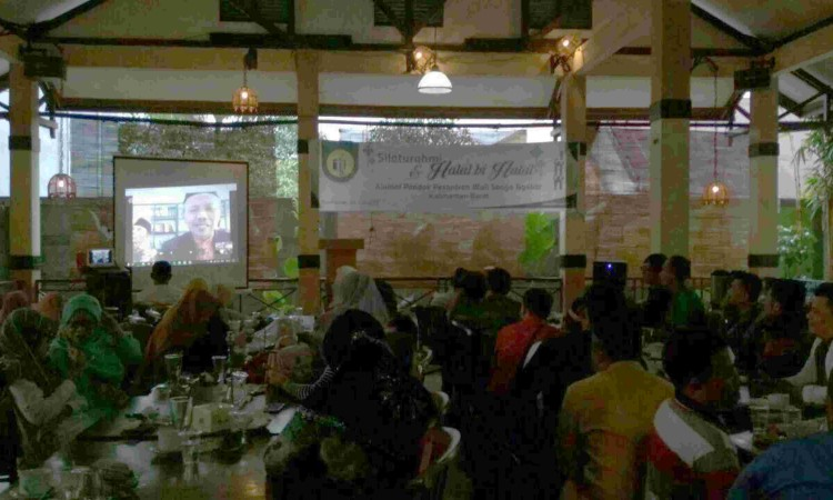Rindu Pondok, Alumni Kalbar Gelar Silaturrahim bersama Pimpinan