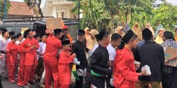 Posko Alumni di Kirab Budaya Khutbatul Iftitah 2018
