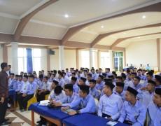 Workshop Public Speaking, Pacu Santri Kembangkan Bakat Komunikasi